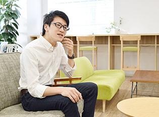 データ解析エンジニア 似田貝 亮介